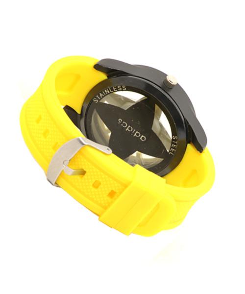 Unisex teens watch in yellow strap.