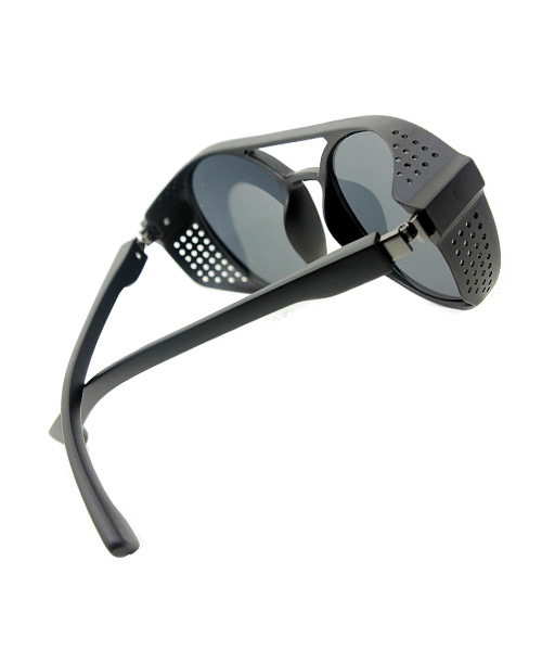 Black oval mens Sunglasses side protection.