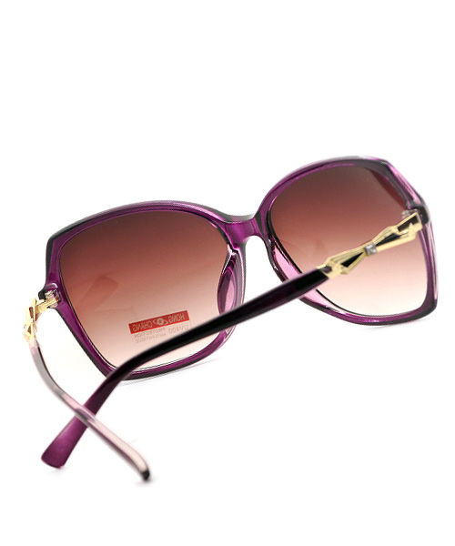 Butterfly pink frame sunglasses for women.
