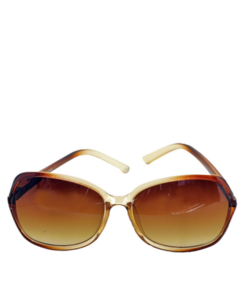 Brown gradient women sunglasses gold accent.