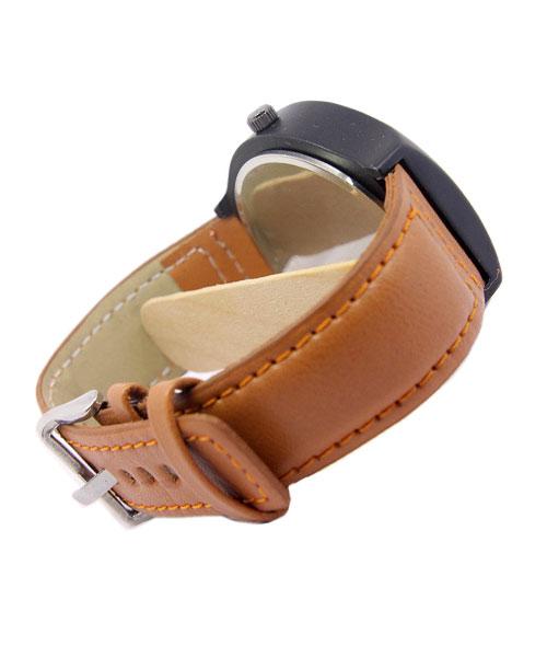Rotating discs tonneau mens leather watch.
