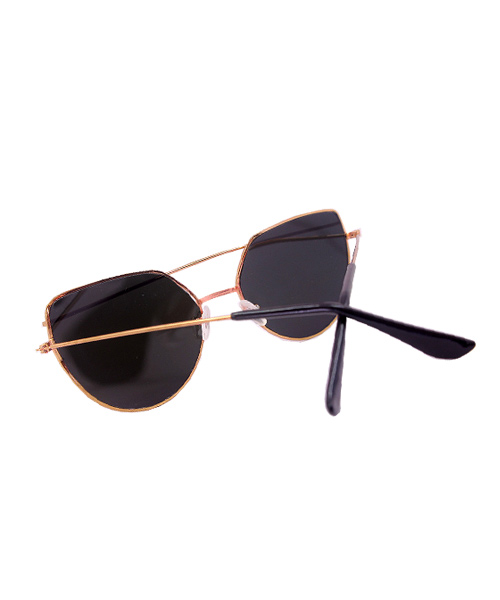Gold rose pink mirrored Cat Eye sunglasses.