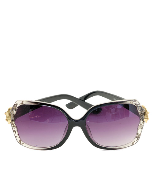 Butterfly printed sunglasses for women.