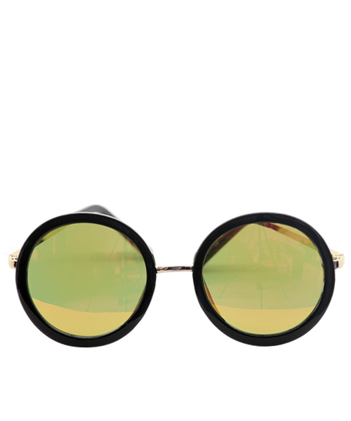 Unisex mirrored round sunglasses for men and women.