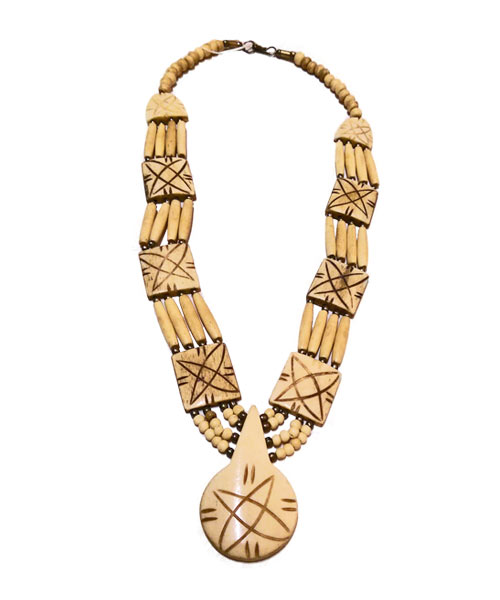 Single strand Indo Western necklace jewellery.