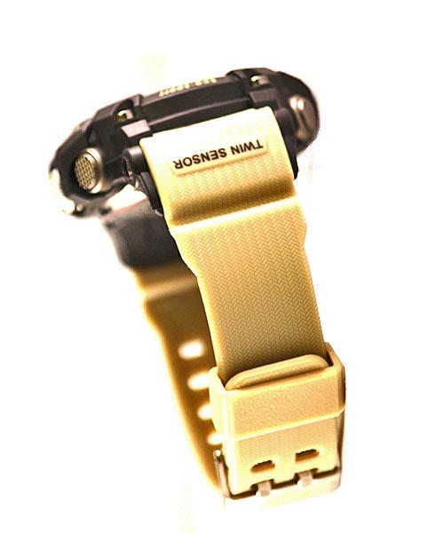 Mens sports watch – cream strap.