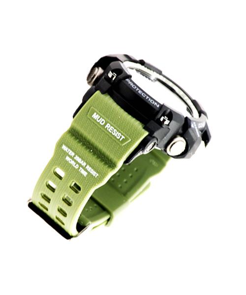 Mens sports watch – green strap.