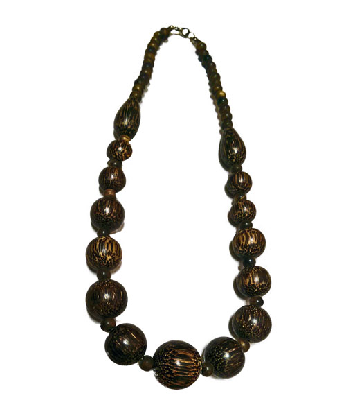 Womens round shaped wooden bead necklace.